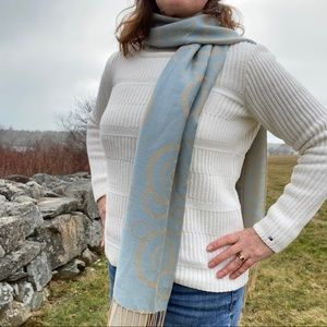 Two toned scarf